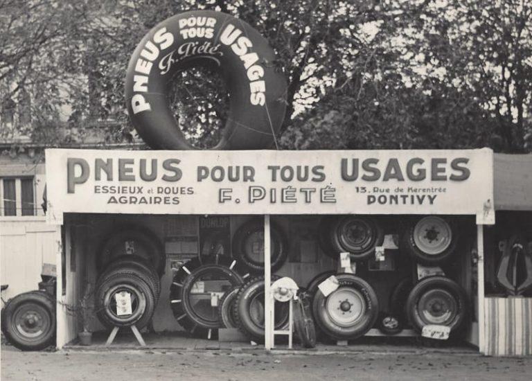 Ferdinand Piete Pneus rue kerantree Pontivy 1956