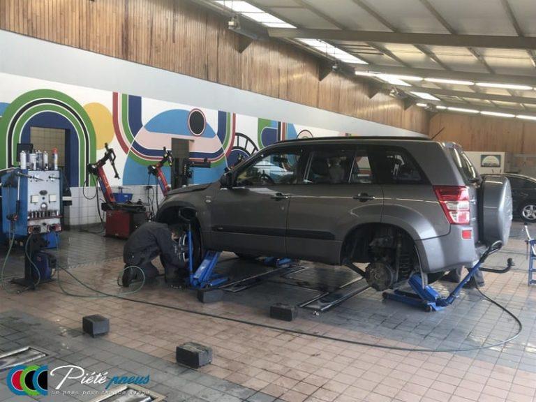 Montage pneu 4x4