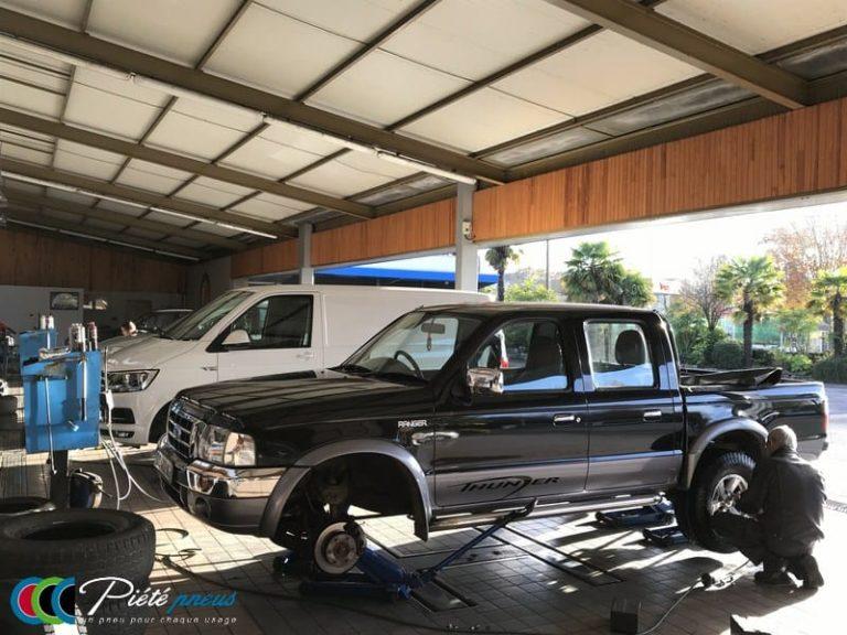 Montage pneu pick up