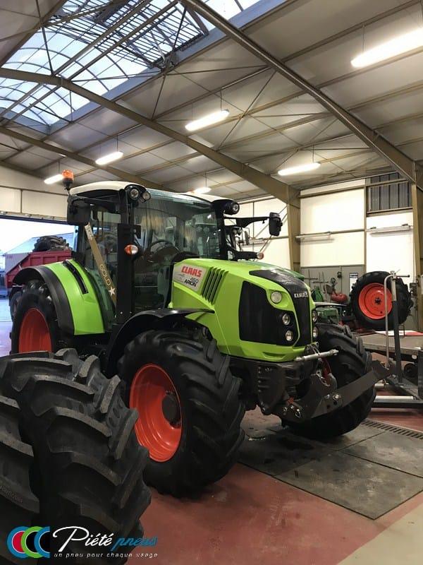 Montage pneus tracteur agricole