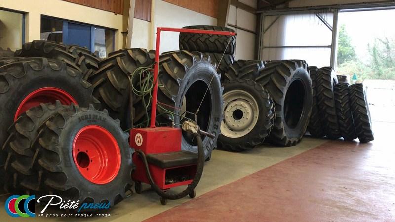 Pneus et roues tracteur