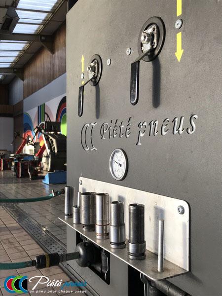 borne-station-montage-tourisme-piete-pneus-pontivy-2