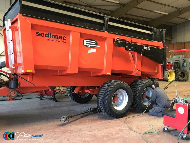 remplacement-pneus-basse-pression-remorque-agricole-3