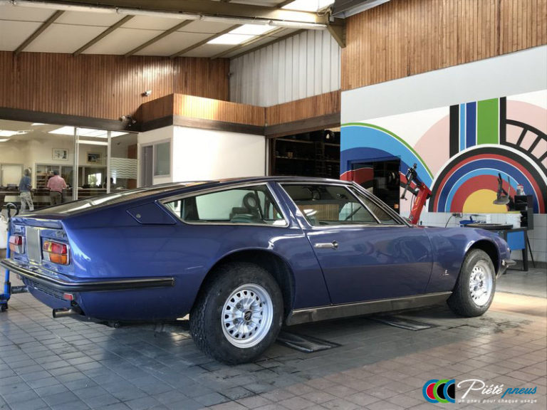 remplacement-pneus-collection-maserati-Indy-4