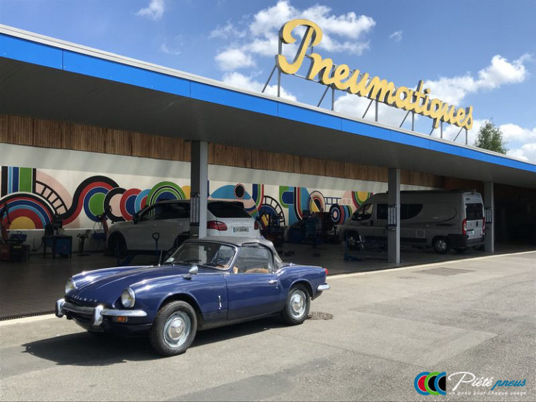 remplacement-pneus-collection-triumph-spitfire