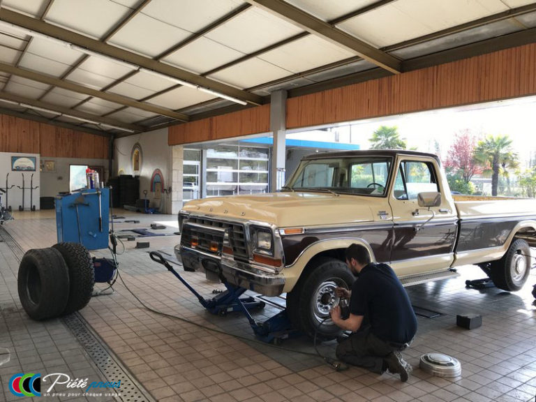 remplacement-pneus-pick-up-ford-collection
