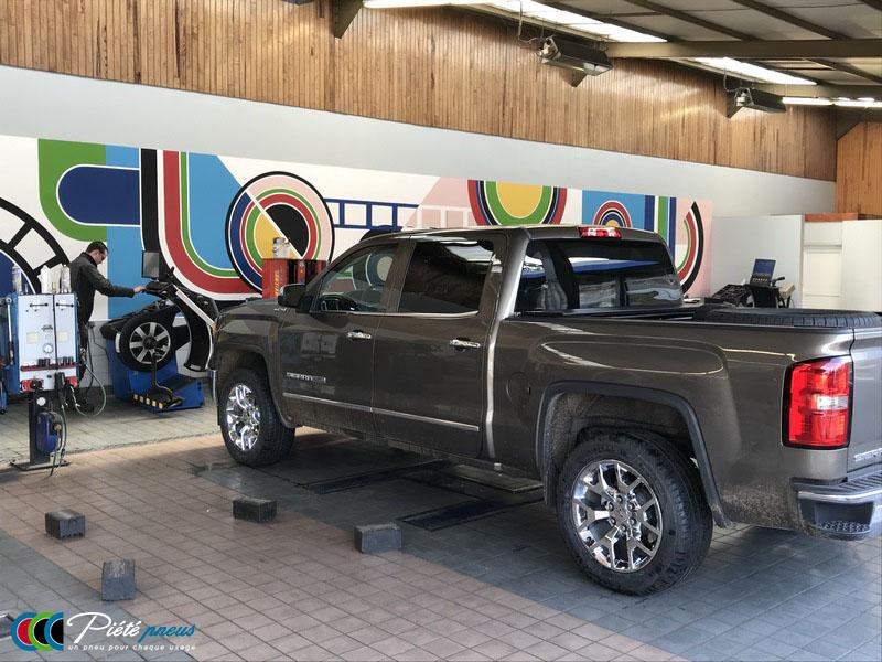 remplacement-pneus-pick-up-gmc-sierra-1